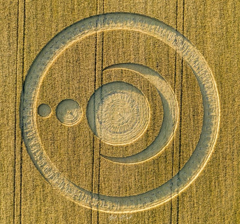 Ascending Earth Crop Circle