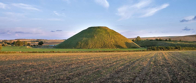 silbury hill openhand